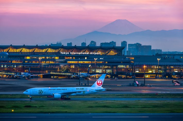 58003343 - mountain fuji in evening seen from tokyo international airport